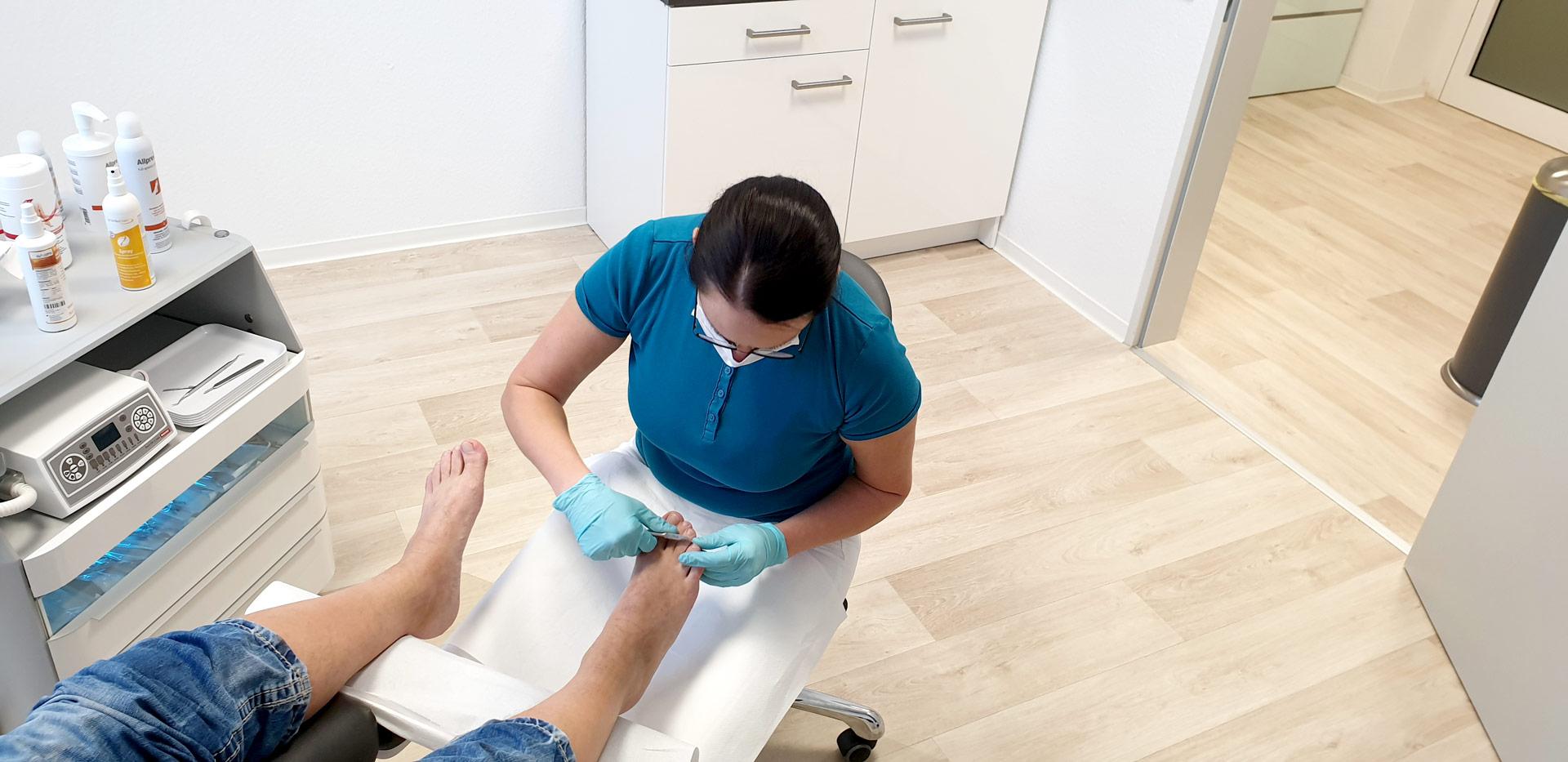 Podologie Meister: Behandlung eines diabetischen Fußes